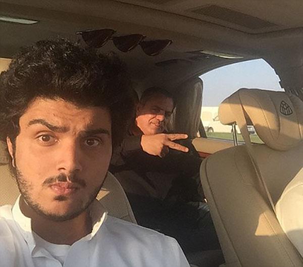 Cuộc sống hào nhoáng của đại gia Ả Rập sau màn khoe 4 siêu xe mạ vàng tại London - Ảnh 2.
