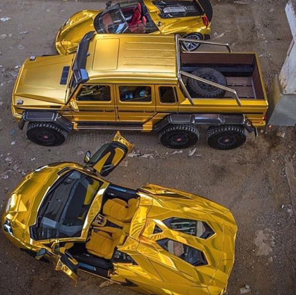 Cuộc sống hào nhoáng của đại gia Ả Rập sau màn khoe 4 siêu xe mạ vàng tại London - Ảnh 7.