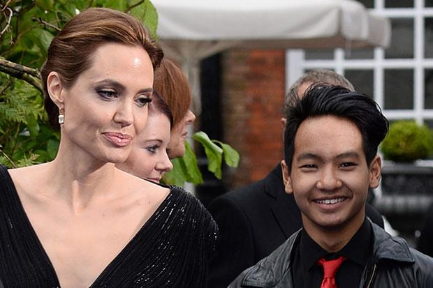 Con trai Angelina Jolie lén quay phim Brad Pitt để giúp mẹ chống lại bố? - Ảnh 1.