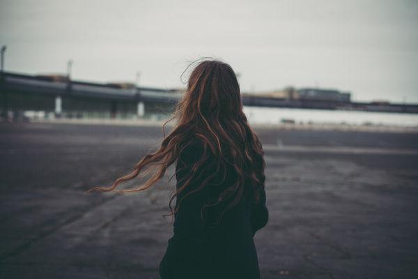Hỡi những kẻ hay suy tư buồn chán, đây là 5 liều thuốc để bạn thấy đời tươi tắn hơn - Ảnh 1.