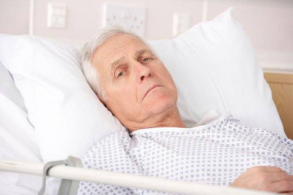 Nếu không biết làm sao để hạnh phúc, câu chuyện về hai ông lão bệnh này sẽ cho bạn câu trả lời! - Ảnh 2.