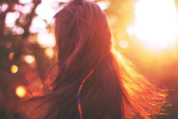 Cuộc sống vốn dĩ rất đẹp, đừng nhấn chìm bản thân trong những nỗi buồn! - Ảnh 3.