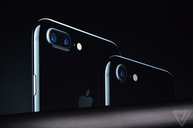 Thích chụp ảnh, các bạn gái hãy chọn ngay iPhone 7 Plus ngay từ lúc này - Ảnh 1.
