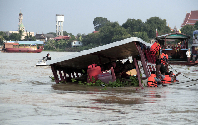 Thái Lan: Lật thuyền ở phía Bắc Bangkok, ít nhất 13 người chết - Ảnh 3.