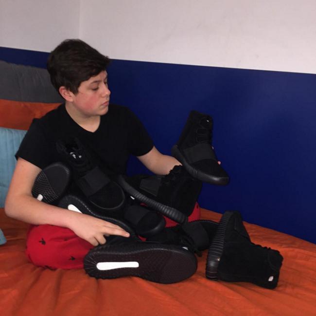 16 tuổi kiếm được hơn 22 tỷ đồng - Chỉ nhờ bán sneaker hiếm mà cậu bé này đã phát tài! - Ảnh 4.