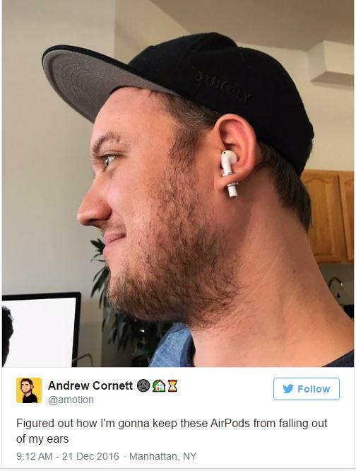 Sợ tốn tiền mua lại tai nghe AirPods, thanh niên này đã nghĩ ra cách chống mất không thể bựa hơn - Ảnh 2.