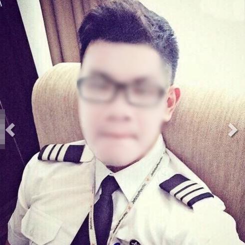 """cats 1474964350325 Ghép hình là phi công, ở nhà sang để """"cưa gái"""", thanh niên sống ảo bị bóc mẽ không thương tiếc"""