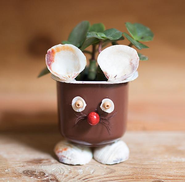 Nhặt vỏ hộp sữa chua làm chậu cây con vật ngộ nghĩnh đáng yêu - Ảnh 9.