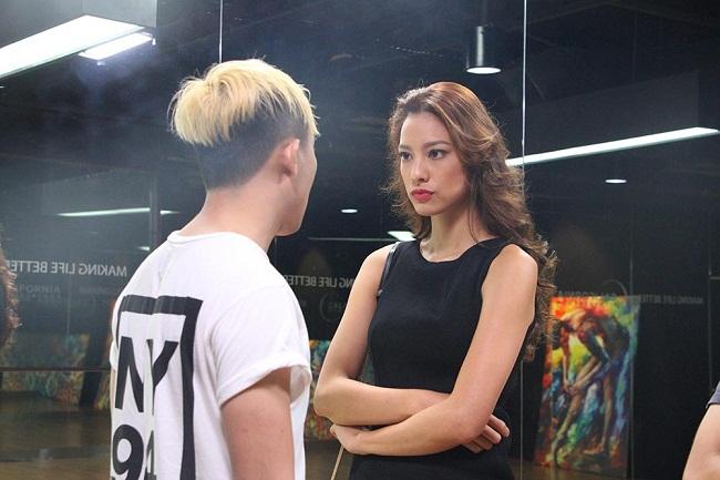 """Lilly Nguyễn """"sợ chết khiếp"""" khi liên tục hôn Trấn Thành - Ảnh 4."""
