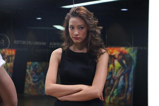 """Lilly Nguyễn """"sợ chết khiếp"""" khi liên tục hôn Trấn Thành - Ảnh 7."""