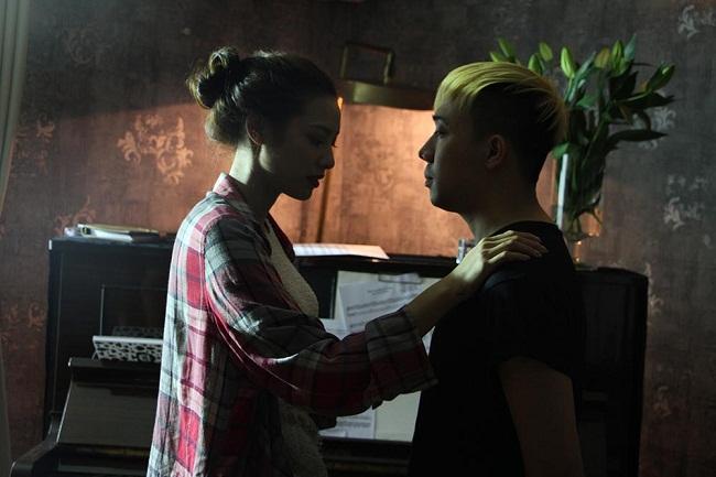 """Lilly Nguyễn """"sợ chết khiếp"""" khi liên tục hôn Trấn Thành - Ảnh 9."""