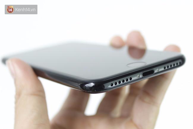 Đã có iPhone 7 đen bóng đầu tiên tại Việt Nam: Đẹp bóng bẩy! - Ảnh 9.