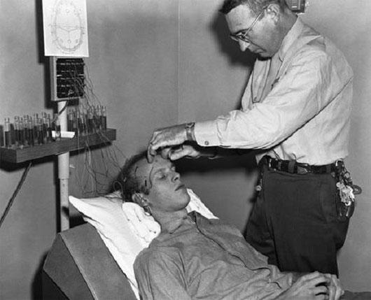 7 phương pháp chữa bệnh rùng rợn vẫn còn được áp dụng đến ngày hôm nay - ảnh 6