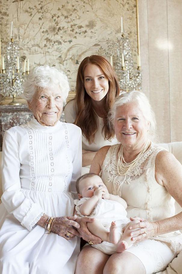 Nhìn 15 bức ảnh gia đình này, bạn sẽ nhớ ông bà của mình rất nhiều - Ảnh 28.