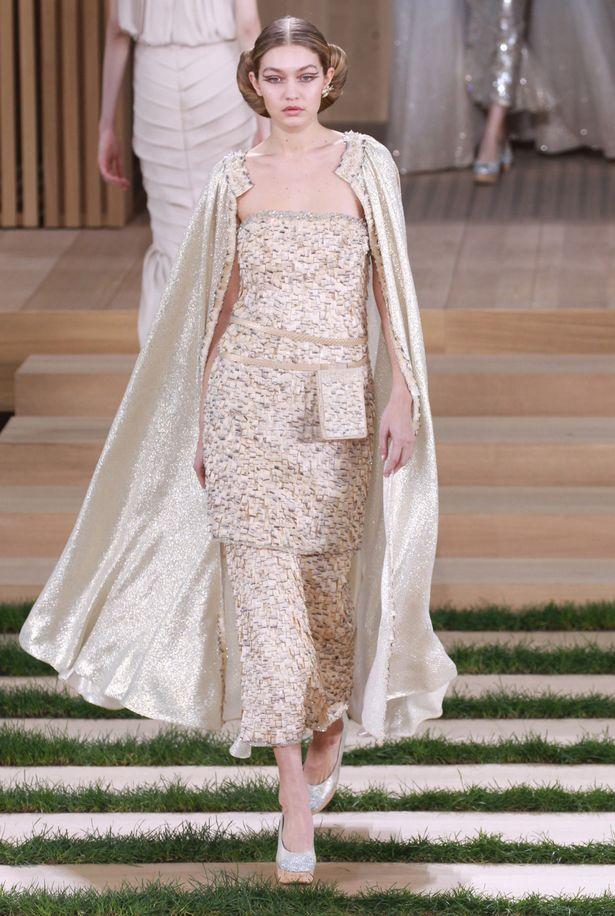 Gigi Hadid tự nhận rằng mình đi catwalk chẳng đẹp đẽ gì cho cam - Ảnh 8.