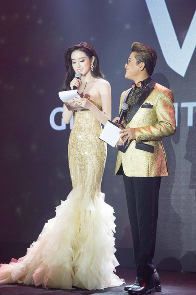 Vừa đăng quang, Hoa hậu Đỗ Mỹ Linh đã bị phát hiện mặc váy na ná Á hậu Huyền My - Ảnh 5.