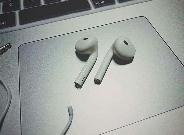 Fan Apple cũng khó có thể nhịn cười khi xem loại hình chế này - Ảnh 10.