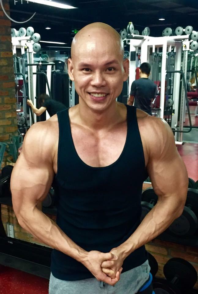 Ở tuổi 41, Phan Đình Tùng vẫn gây ấn tượng với thân hình 6 múi không thể chuẩn hơn! - Ảnh 6.