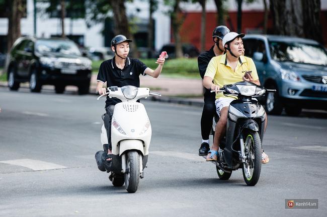 Không Pokemon Go khi tham gia giao thông - Sài Gòn chính thức có biển cảnh báo game thủ trên đường phố - Ảnh 4.