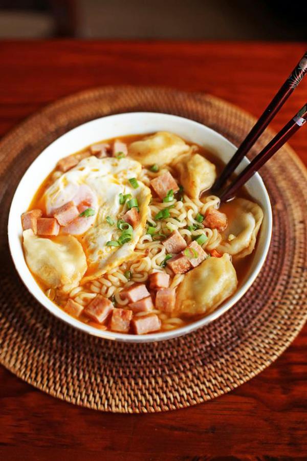 Ăn tối kiểu con nhà nghèo phong cách Hàn Quốc - Ảnh 4.