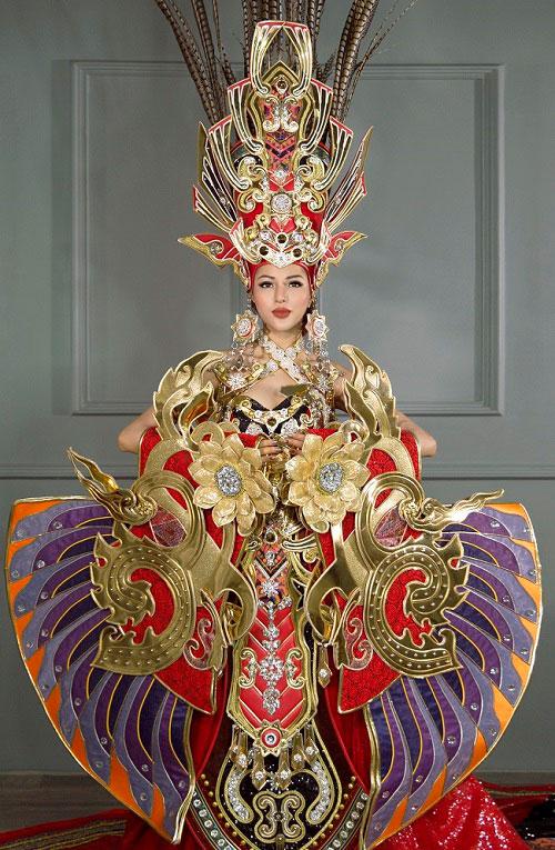 Giật mình với nhan sắc biến dạng của Khả Trang - Đại diện Việt Nam tại Miss Supranational 2016 - Ảnh 2.
