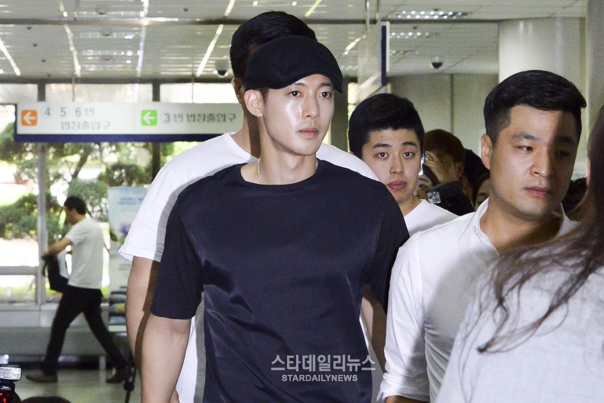 v�� ki�n t236nh d��c c��a kim hyun joong yoochun ti�n đ� r�n