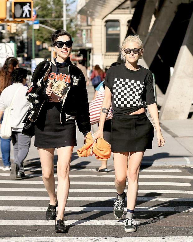 Chia tay nữ trợ lý, Kristen Stewart hẹn hò bạn gái cũ của Cara Delevingne - Ảnh 1.