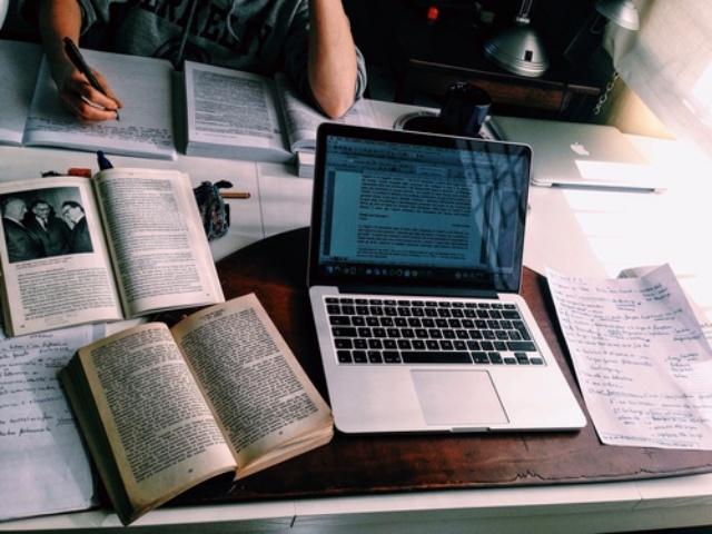 5 điều bạn nhất định phải làm trong ngày thi - Ảnh 2.