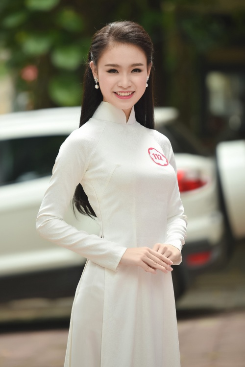 ĐH Ngoại thương: Ngôi trường có tới 5 thí sinh là ứng cử viên sáng giá nhất của Hoa hậu Việt Nam 2016! - Ảnh 3.