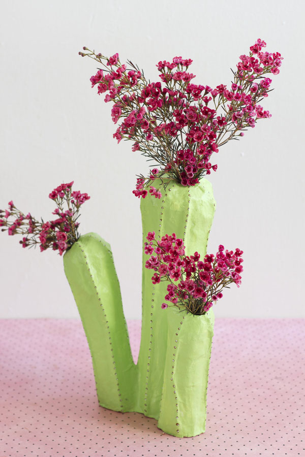 Hô biến lõi giấy thành lọ hoa xương rồng đầy nghệ thuật - Ảnh 6.