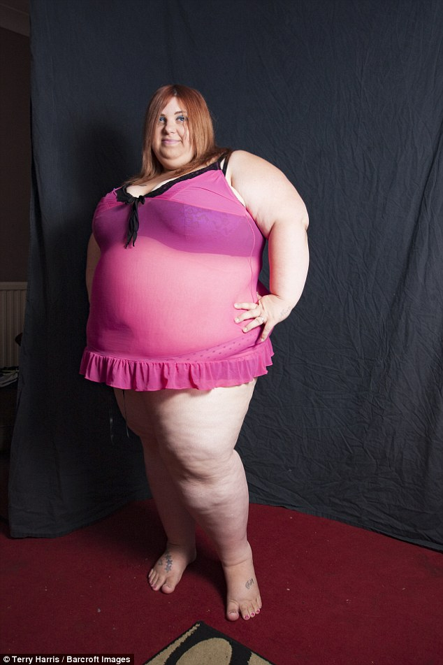 Người mẫu có sở thích ăn uống vô tội vạ để càng béo, càng tốt - Ảnh 1.