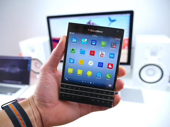 12 chiếc điện thoại BlackBerry từng khiến biết bao con tim yêu công nghệ rung động - Ảnh 11.