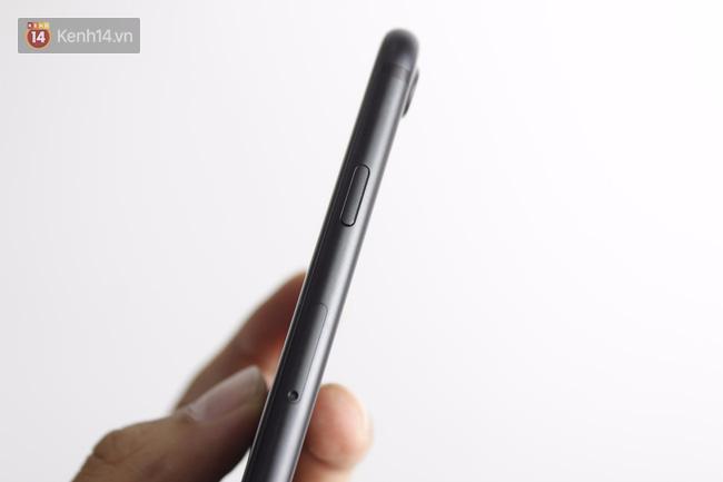Cận cảnh iPhone 7 bản chính thức đầu tiên tại Việt Nam - Ảnh 13.