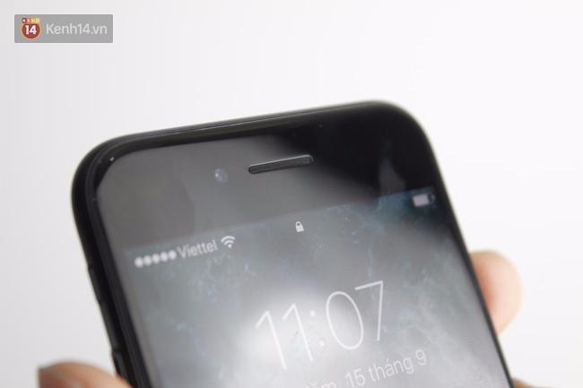 Cận cảnh iPhone 7 bản chính thức đầu tiên tại Việt Nam - Ảnh 14.
