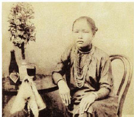 Chân dung những hoa hậu đầu tiên của đất Sài Gòn xưa - Ảnh 2.