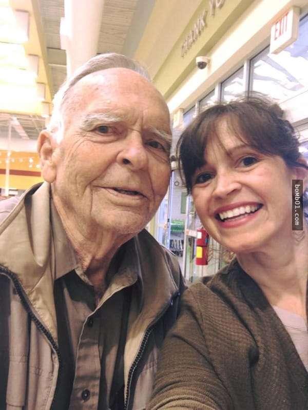 Phía sau tình bạn cách nhau 78 tuổi này là cả một câu chuyện sẽ khiến bạn thấy ấm lòng - Ảnh 5.