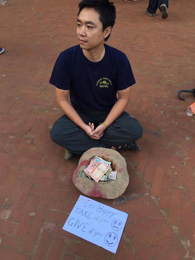 Một du khách người Việt đã thử đóng vai ăn xin ở Nepal và kết quả nhận được thật bất ngờ - Ảnh 1.