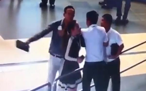 Cán bộ Sở GTVT Hà Nội lên tiếng vụ đánh nhân viên sân bay: Tôi chỉ là người ra sức ngăn cản sự việc - ảnh 1
