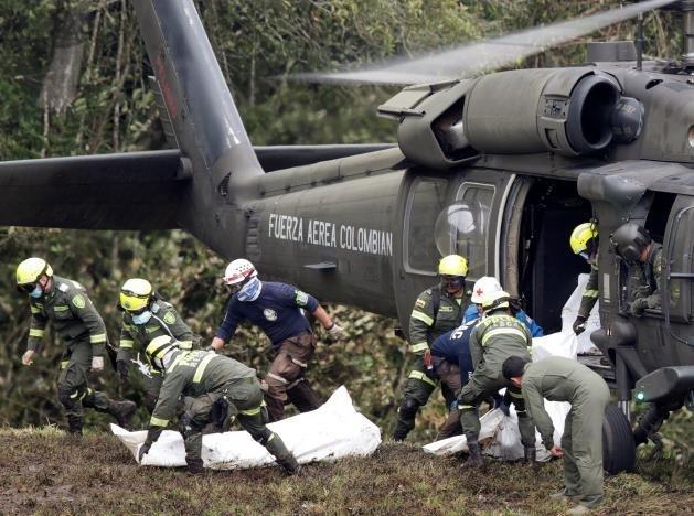 Đóng cửa hãng bay có máy bay gặp nạn ở Colombia - ảnh 1