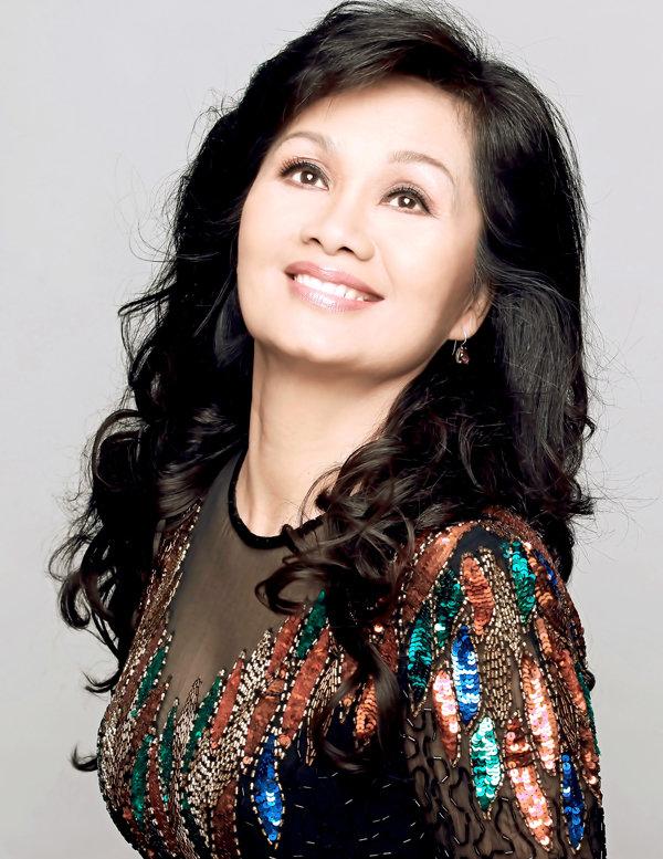 Nghệ sĩ Xuân Hương mong vợ của Thanh Bạch sẽ không phải chịu cảnh làm bức bình phong - Ảnh 1.