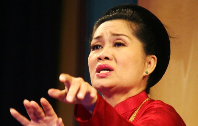 Nghệ sĩ Xuân Hương mong vợ của Thanh Bạch sẽ không phải chịu cảnh làm bức bình phong - Ảnh 2.