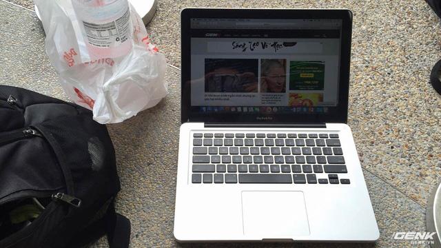 Ký sự: Tôi đi xếp hàng mua iPhone 7, chống đói bằng 2 chiếc bánh nướng và nhiều điều thú vị khác nữa - Ảnh 10.