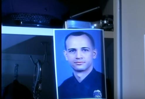 3 sợi lông tay vạch mặt cảnh sát đồng tính giết người - Ảnh 11.