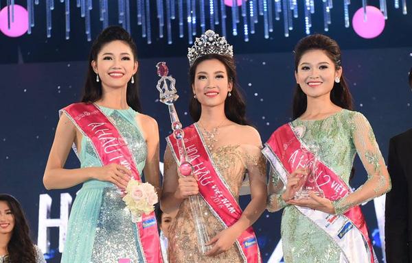 Ngắm nhan sắc khi được trang điểm nhẹ nhàng của 3 nàng Tân Hoa hậu và Á hậu - Ảnh 2.