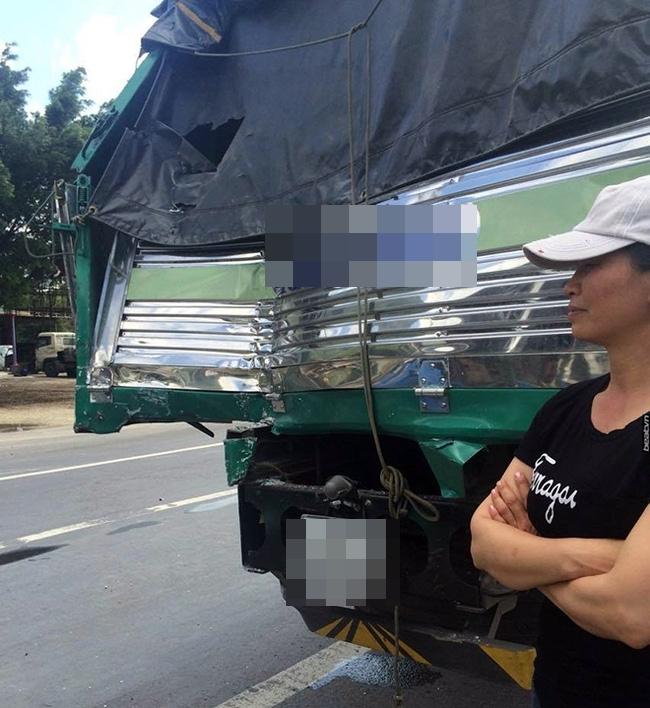 Xe tải dìu xe khách mất phanh lao đèo Bảo Lộc thoát tai nạn thảm khốc - Ảnh 2.