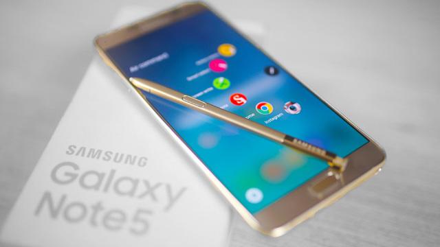 Đừng quên rằng trong năm nay Samsung đã tạo ra một tượng đài mới về thiết kế - Ảnh 2.