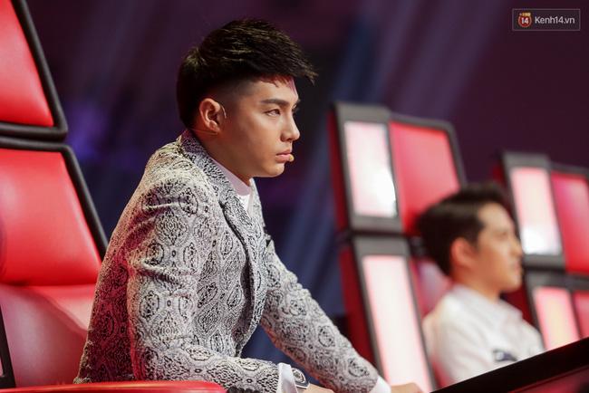 Quán quân Vietnams Next Top Model, Vietnam Idol, Sasuke thi nhau lộ diện trong tuần qua - Ảnh 15.