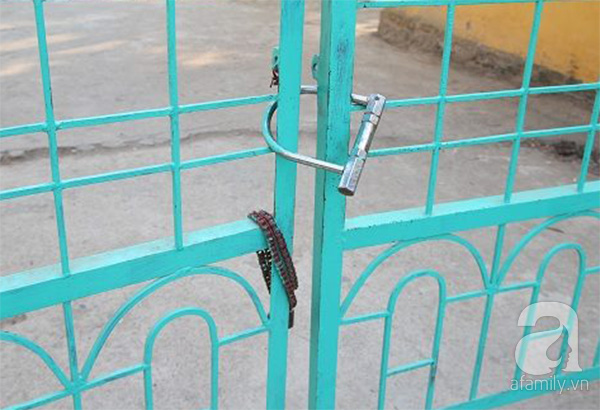 Hà Nội: Bé gái lớp 3 chảy máu vùng kín, nghi bị dâm ô ở trường trong lúc đi vệ sinh - Ảnh 2.