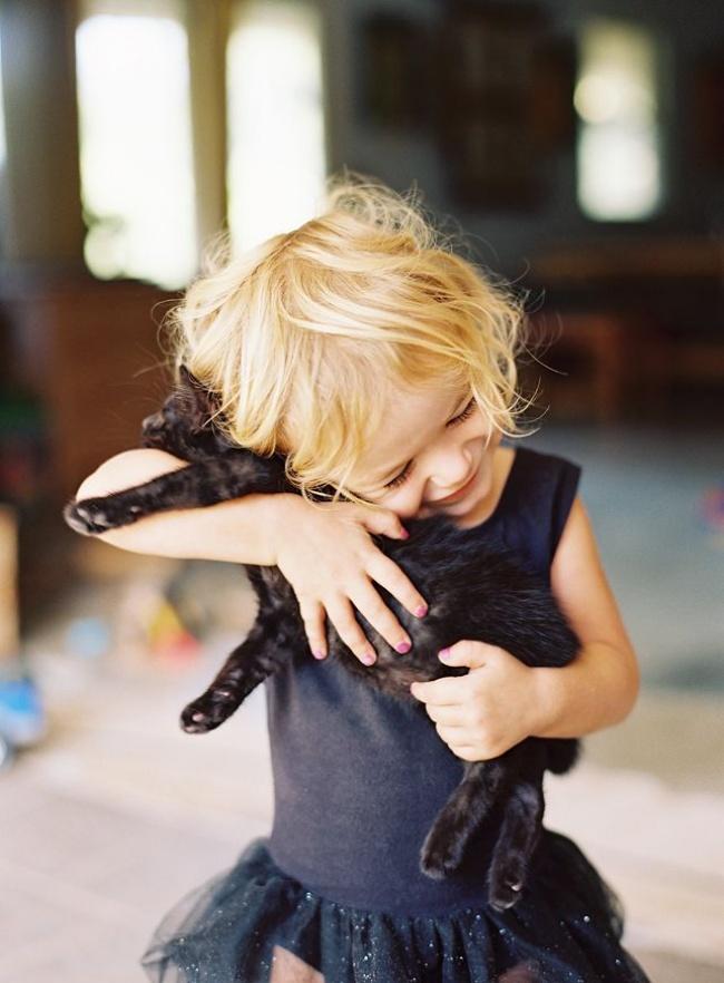 22 tình bạn đáng ngưỡng mộ của trẻ con và thú cưng - Ảnh 20.