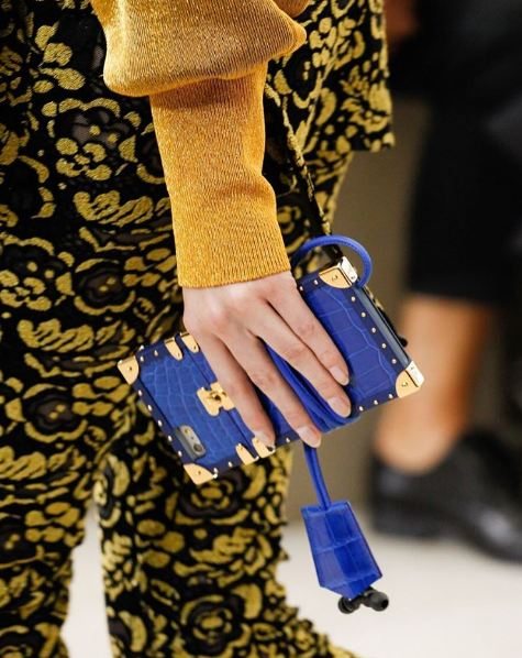 Louis Vuitton khiến tín đồ thời trang phát cuồng vì ốp Iphone sang chảnh - Ảnh 4.